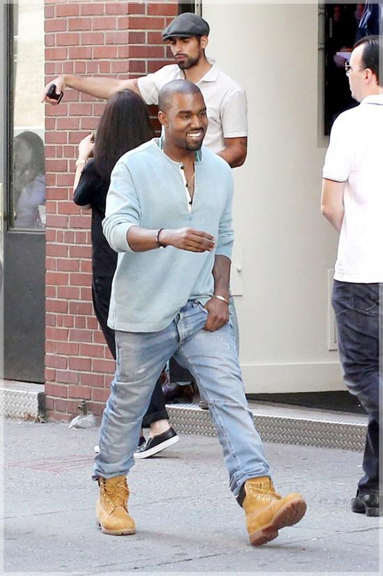 Kanye Goes Old School Classic Timberland | New York Gossip ...