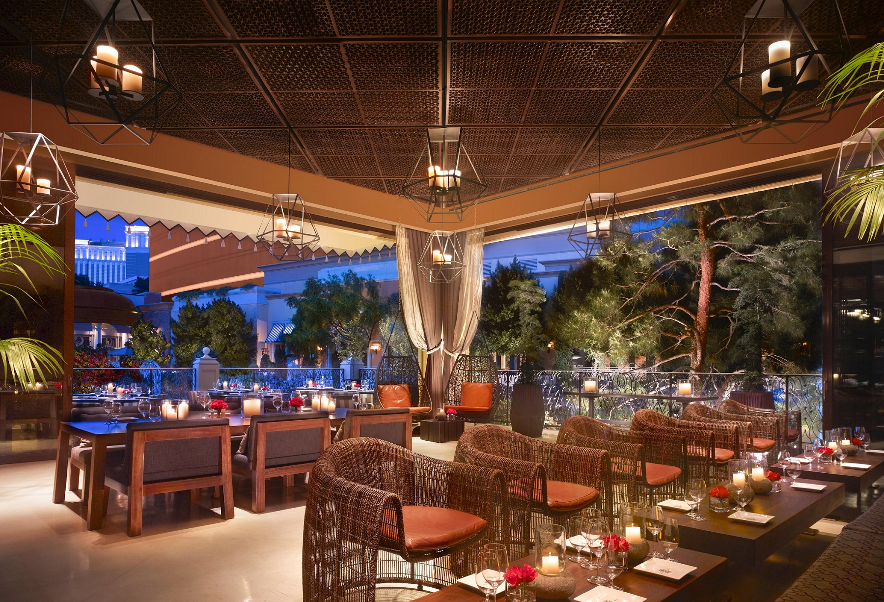 Chainsmokers Light Up La Cave Wine Food Winery At Wynn Las Vegas New
